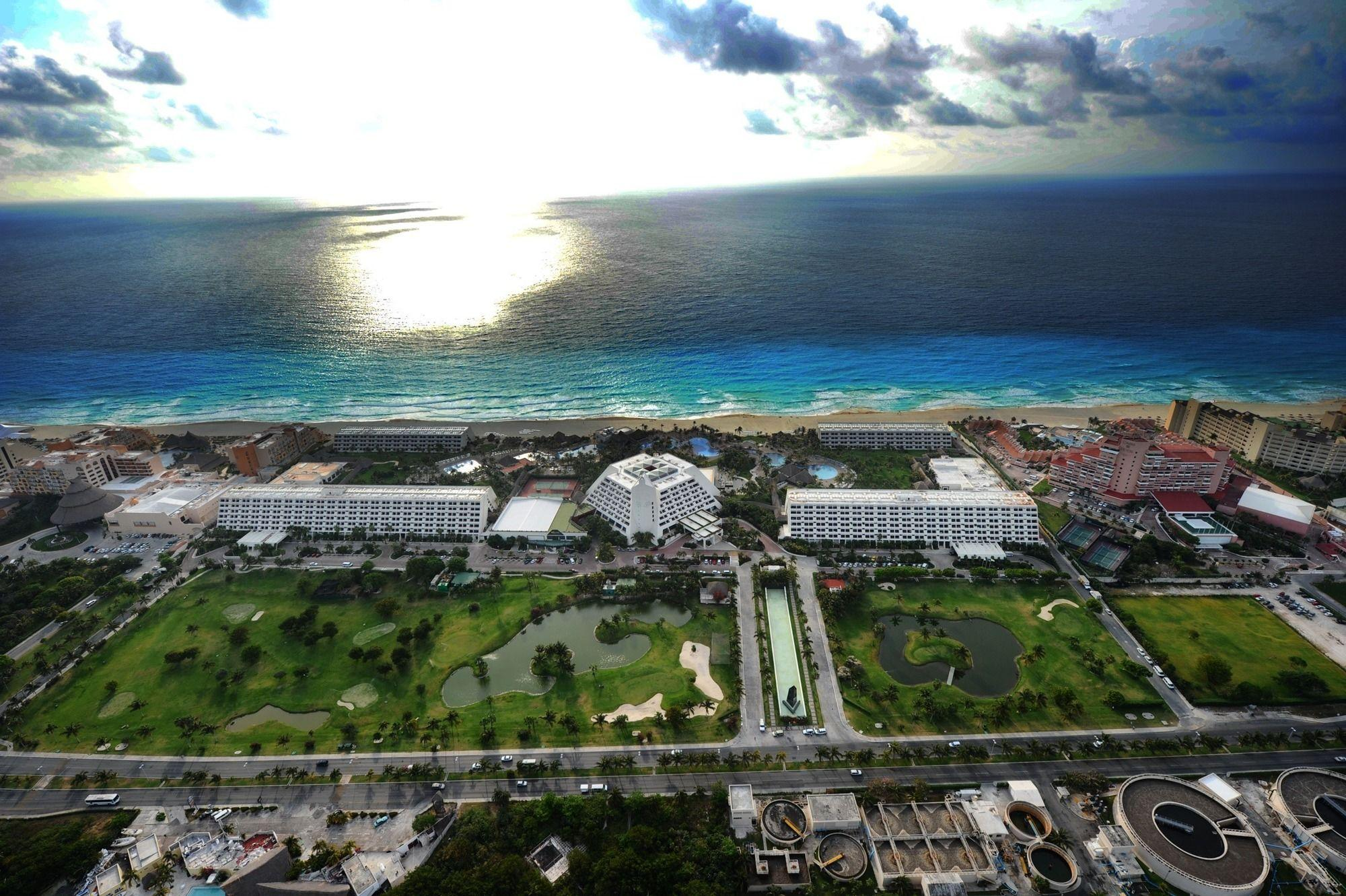 Hotel en Cancún Oasis Cancun Lite