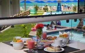 Croa Mares Hotel